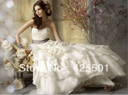 Best Sale Online White Ivory Backless Cheap Wedding Dresses Free Shipping Organza Ruffles Wedding Gown with Belt(China (Mainland))