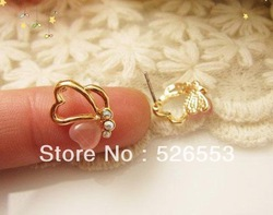 2013 Lastest Lovely Cute Opal Butterfly 18K Gold Plated Stud Earrings Jewelry Pink/White Free Shipping BT30095(China (Mainland))