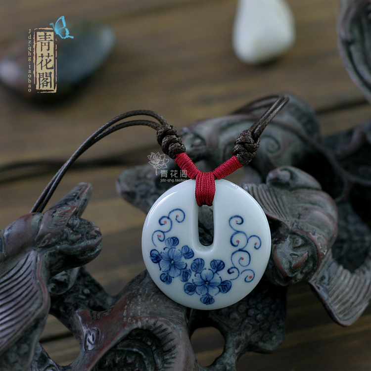 Echo of the blue and white ceramic jewelry blue and white porcelain necklace pendant accessories 8.6(China (Mainland))
