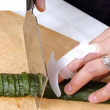 30PCS/LOT! wholesale Kitchen Cut vegetables finger protect device Cut vegetables hand protect device