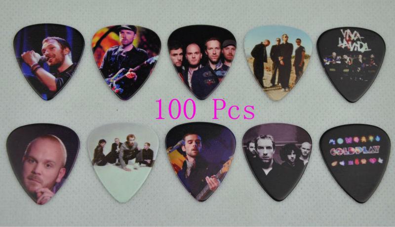 Lots of 100Pcs Rock Band Coldplay 2 sides printing Guitar Picks Medium 0.71mm(China (Mainland))