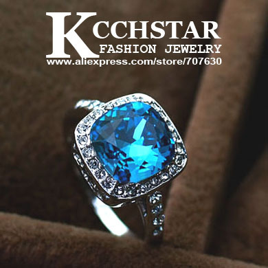 So gorgeous!Fashion wedding jewelry lady's white Gold plating sapphire Ring free shipping(China (Mainland))
