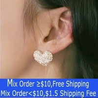 Min.order is $10 (mix order)2013 new retro zebra stripes heart earrings with rhinestone free shipping free shipping!