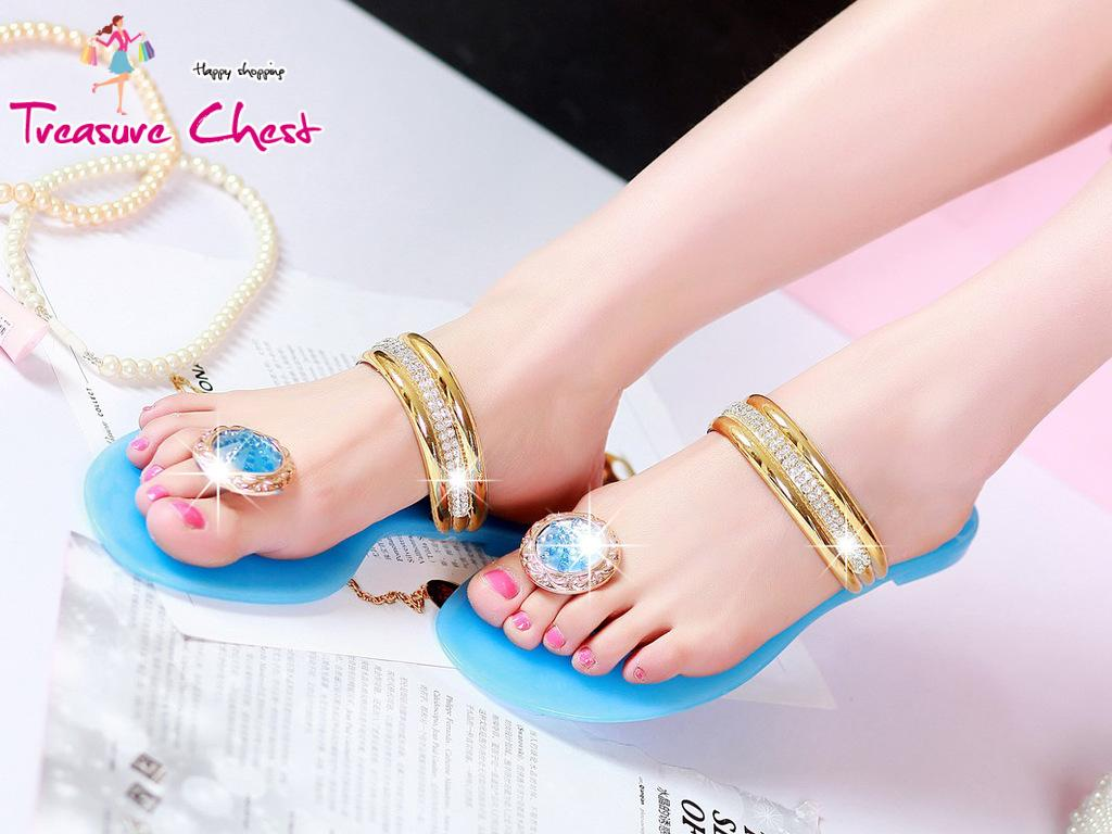 2013 Summer New Fashion Sexy Casual Jelly Sandals High Quality Rhinestones Flat Slippers Free Shipping(China (Mainland))