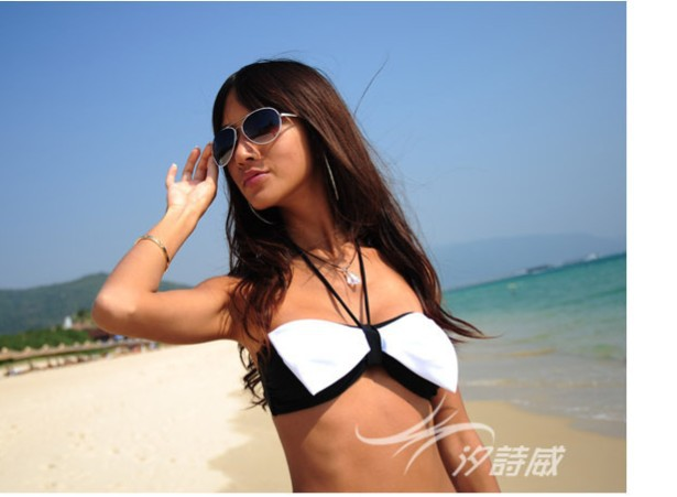 2013 New Fashion Holiday Sale victorian woman Sexy bikini, Hot swimsuits Ladies swimwear beachwear(China (Mainland))