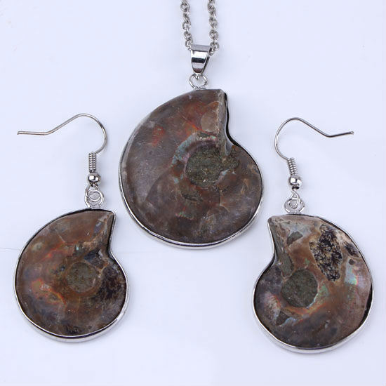1x Charm Natural Ammonite Fossil Stone Beads Jewelry Pendant/Earring(China (Mainland))