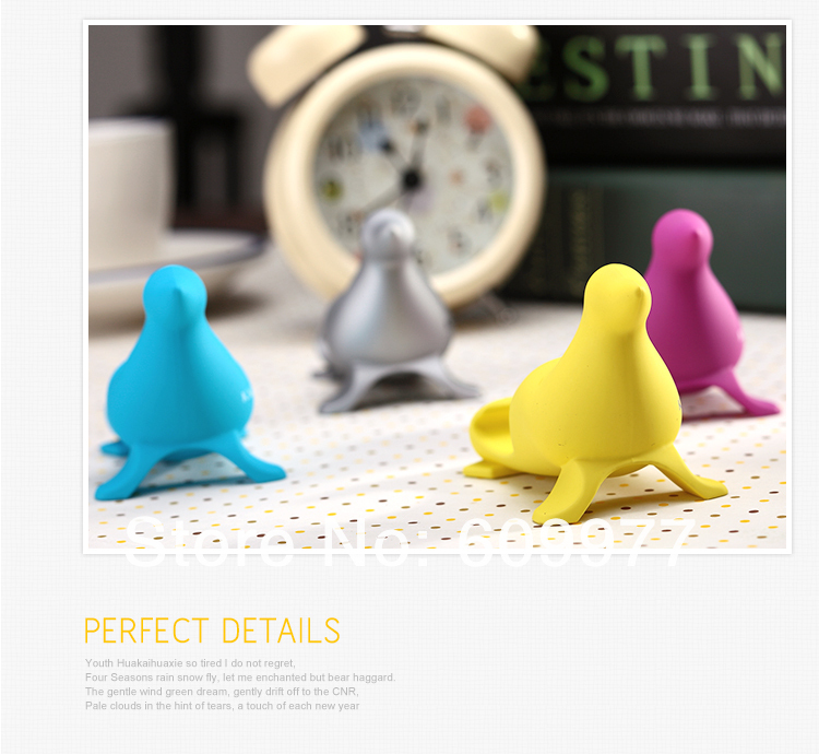 Free Shipping Fashion Sea Lion mascot mobile phone holder Stands bracket support desktop to watch video For iPhone 5 I9500 ipad(China (Mainland))