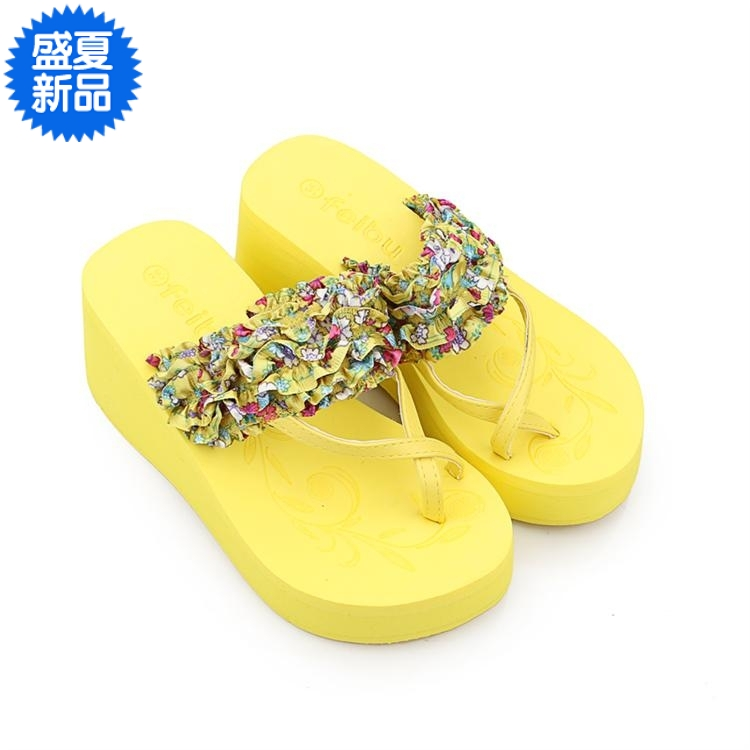2013 gentlewomen small floral print slippers personalized toe-covering wedges sandals platform shoes at the end of women's foam(China (Mainland))
