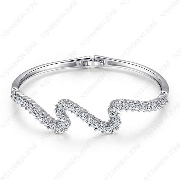 Promotion Price,New Arrival Silver 18K White Gold Plated use SWA Elements Crystal Thunder Shape Bangle B074W1(China (Mainland))