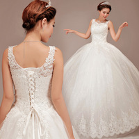 New arrival 2013 bride wedding lace embroidered beading tablets vintage sweet straps yarn puff skirt