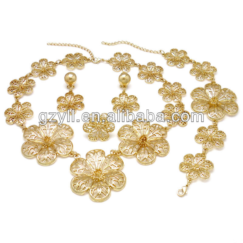 India Fashion jewelry set with flower ,Fashion gold plated jewelry set(China (Mainland))