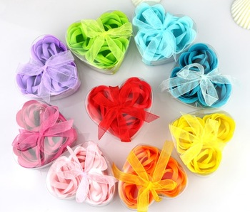 Fashion gift heart soap flower gift box set