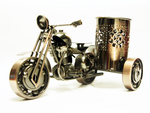 Personalized office desk decoration gift tricycle motorcycle pen vintage metal craft decoration gift(China (Mainland))