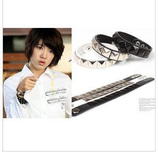 Imp Liu Xin Lisidanni Quan Zhilong Park Shin Hye Li Hongji rivet leather bracelet with money box(China (Mainland))