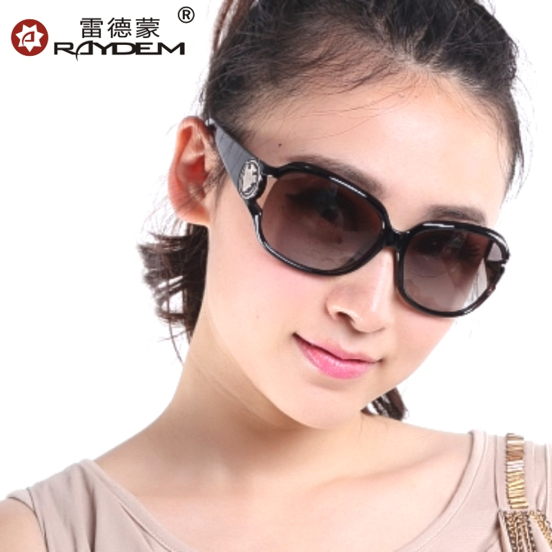 2013 polarized sunglasses female sunglasses big box women's sunglasses driving mirror fashion sun glasses 3043(China (Mainland))