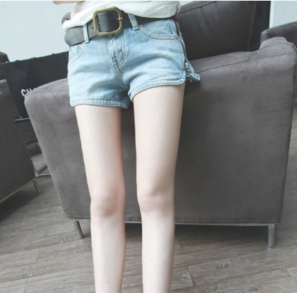 2013 spring and summer wearing white light color side zipper denim shorts female shorts with belt(China (Mainland))