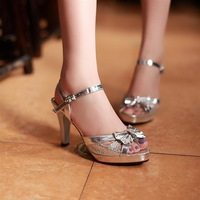 2013 Princess sexy elegant gladiator open toe  thick heel golden silver women's strap sandals