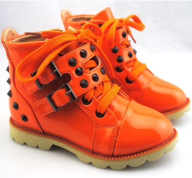 2012 tidal current male child handsome leather boots female child high single shoes leather child button children shoes(China (Mainland))