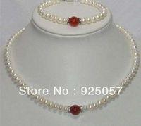 Beautiful Fine White Pearl Red Jade Necklace Bracelet   Fashion jewelry