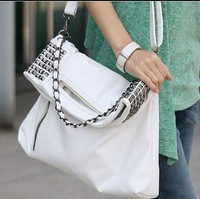 NB079 free shipping wholesale punk rivet package women handbags shoulder bags messenger bags black and white