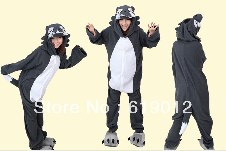 wholesale 2013 New Unisex hooded Pajamas as timber wolf Anime Cosplay Wolf Costumes Animal Pajamas W-7(China (Mainland))