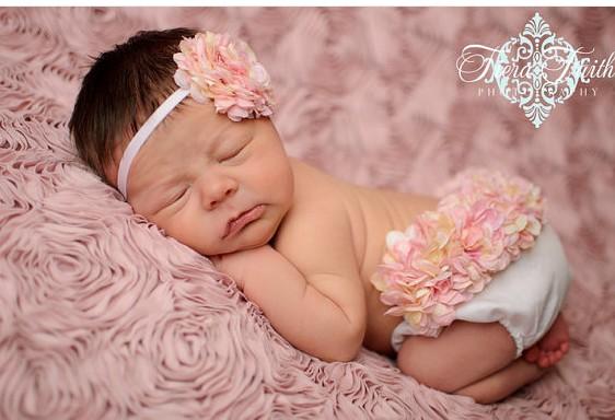 Fotos bebés con flores - Imagui