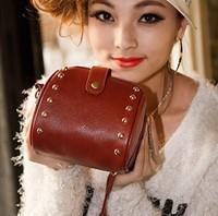 2014 Summer Women Vintage Rivets Handbag Fashion Shoulder Messenger Bag Cute Small Bag Ladies Cross Body Bags Bolsas Femininas