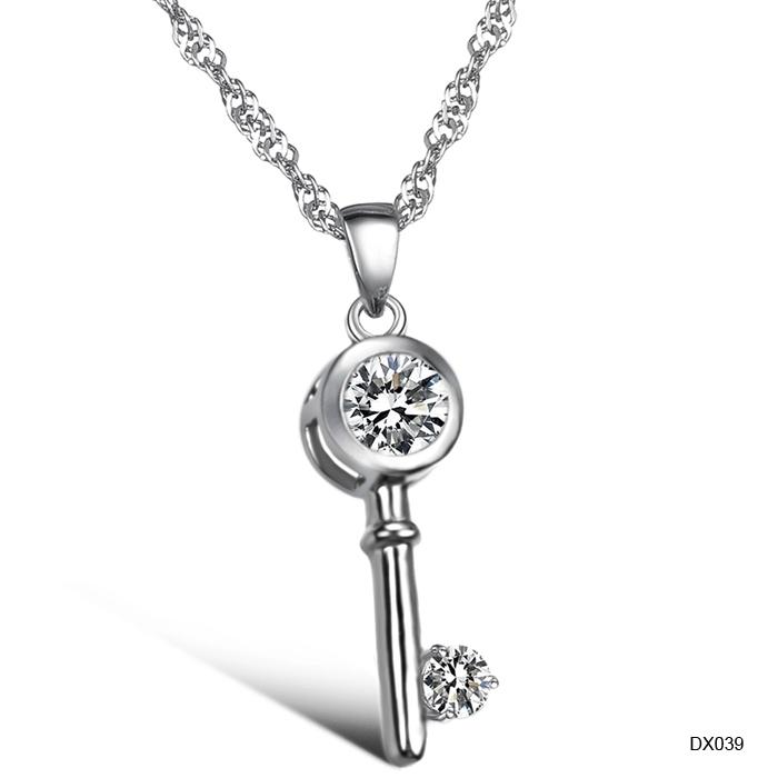 (Min Order is 10$) Hot selling platier key rhinestone women's necklace anti-allergic dx039 heterochrosis(China (Mainland))