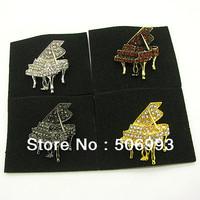35*28mm 12pcs/lot Piano Shape Gold Plated Rhinestone Alloy Pin Rhinestone Brooches For Wedding Music Jewelry HB731