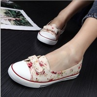 Fashion Canvas Shoes large big size 35-39 Casual Canvas Shoes women  summer flats shoes Korean design + Free Shipping