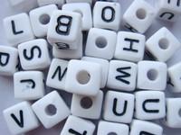 Alphabet Letter Beads, Wholesale 550pcs 10*10mm A-Z Mix Acrylic Alphabet Cube Letter Beads,Free Shipping