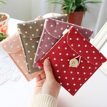 Fresh polka dot paper towel bag sanitary napkin bag vintage fashion storage bag coin purse cosmetic bag 19g