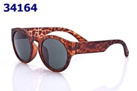 Holiday Sale New Designer Women Ladies Sunglasses Retro Fashion Eyewear