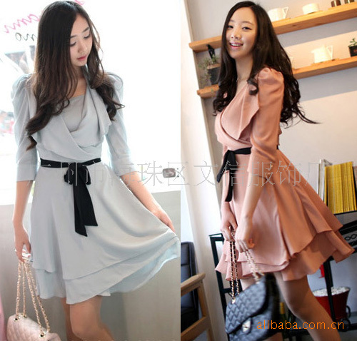 12 [town factory treasure] temperament ladies bubble sleeve V-neck, belt two-piece dress 2489(China (Mainland))