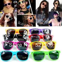 Hot Sell Multi Color Super Fashion Wayfarer Vintage Retro Trendy Cool Sunglasses Unisex