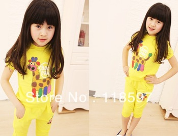 2013 summer children's clothing female child casual fashion candy shirt child sports set