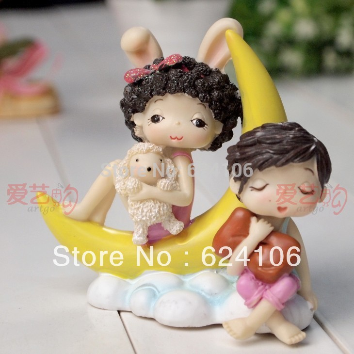 new home ornaments / Home Supplies / wedding gift/ Wedding doll couple doll wedding home decorat
