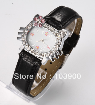 Nice Hello Kitty Lady's children Wrist Watch Time clock hours Quartz Dial Diamond black Leather Band