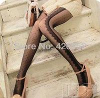 Side eyelash lace little Polka Dot pantyhose stockings through the meat