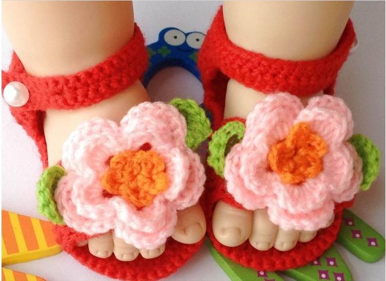 Zapatos tejidos de niña bebé - Imagui