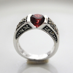 Silver hot mark race red spinel thai silver pure silver ring female pinky ring little finger ring vintage(China (Mainland))