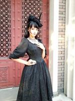 Gothic lolita lady in black small lantern sleeve one-piece dress
