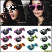 10xNew Fashion Women's Men's Wayfarer Vintage Retro Trendy Cool Sunglasses Free Shipping