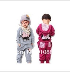Retail 1set 3colors kids sport wear Baby Clothing Set girls sport suit Fashion two-piece Baby Garment Butterfly Sets(China (Mainland))