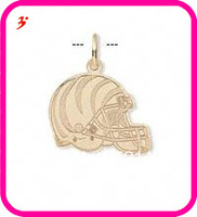 free shipping 50pcs a lot wholesale sport gold plated Cincinnati Bengals football helmet charms