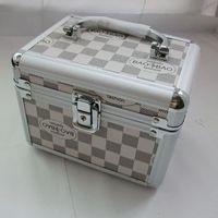 Free shipping Professional cosmetics cases fancy fashion handbag with lock PU aluminum alloy tool box