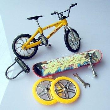 Free Shipping 2Pcs/Lot Children's toys for boys Bike Bicycle finger skateboards Tool Motor Skateboard