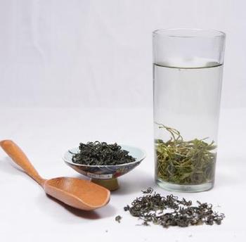 YinJiang super organic Maofeng Tea 30 g, market price 600 yuan a kilo, 1 ID 1