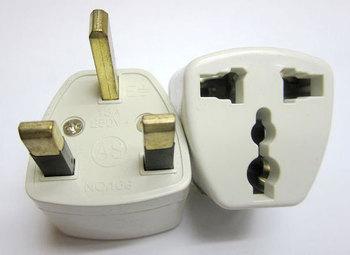 (30 pcs/lot ) Universal US EU AU To UK 3-Prong AC Travel Power Plug Outlet Converter Adapter
