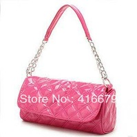 Lowest price in 2014 to promote new diamond pattern woven chain shoulder bag barrel bag of candy color diagonal influx of women
